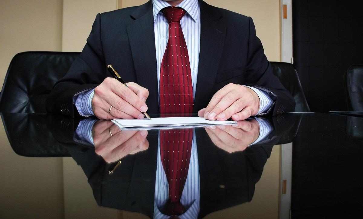 Cechy charakteryzujące dobrego prawnika